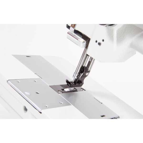 Máquina Costura Industrial Pespontadeira 02 agulhas SSTC31606-1-L18 - Sun Special